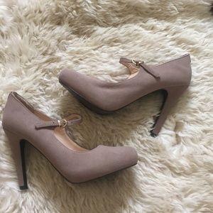 Guess suede heels